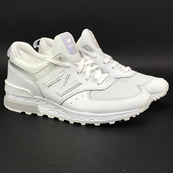 new product d2135 85a33 New Balance Womens 574 Lifestyle Mode De Vie Shoes NWT